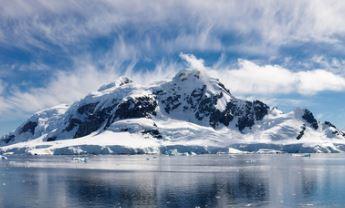 イモトアヤコ南極ヴィンソンマシフ登山は成功する?行き方や費用は?