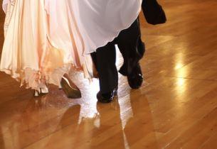 ブラインドダンスでブルゾンちえみ衣装は似合ってる?足がキレイだけど痩せた?
